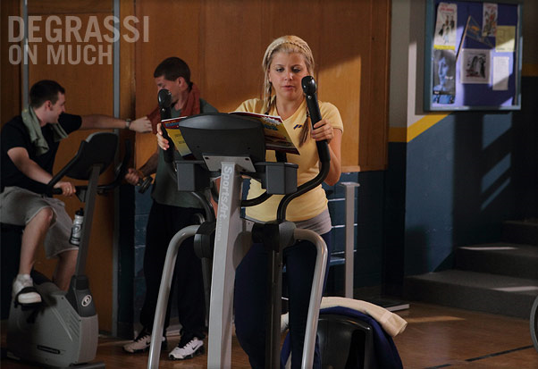 File:Jenna Middleton Working Out In The School Gym.png