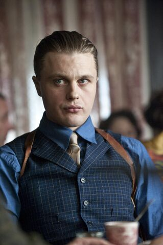 File:Jimmy-darmody-2124x3192.jpg