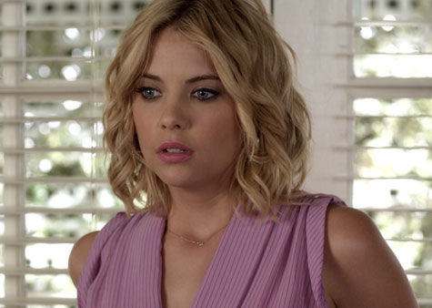 File:Hanna-pretty-little-liars-crazy-recap.jpg