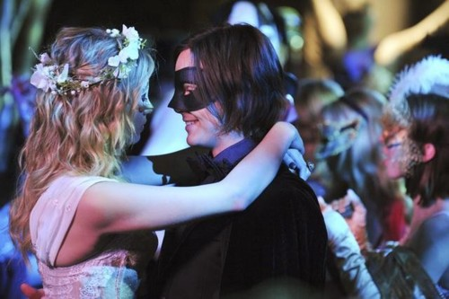 File:Hanna-Caleb-2x25-hanna-and-caleb-29268437-500-333.jpg