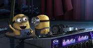 DJ-minions-despicable-me-13770922-616-315