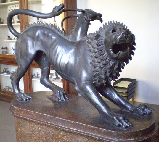 Archivo:Chimera di Arezzo.jpg