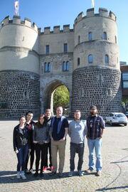 Michael Cooksey & Wikia-Deutschland-Team 2015.jpg