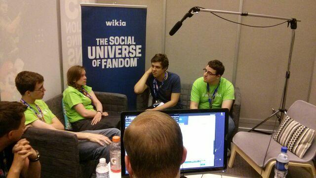 Datei:Wikia fan studio.jpg