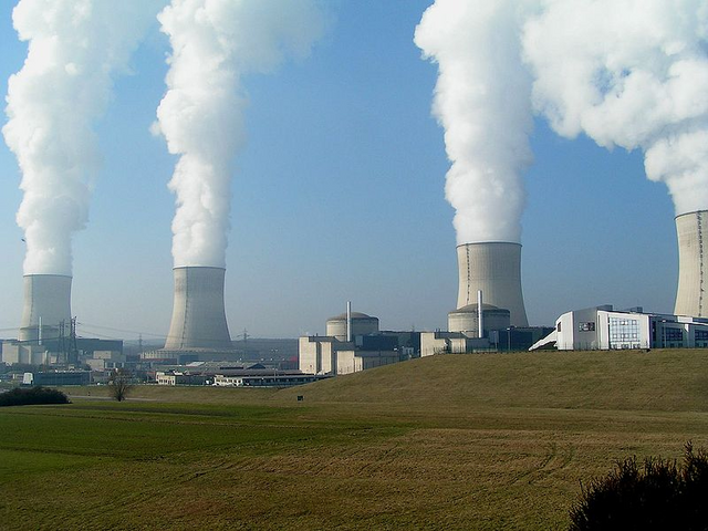Datei:Nuclear Power Plant Cattenom.png