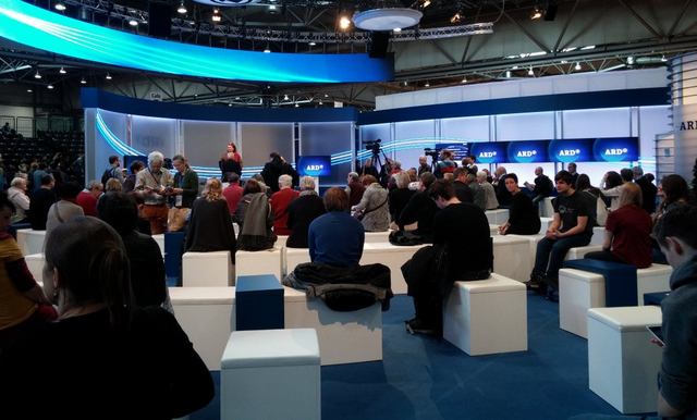 Datei:ARD Leipziger Buchmesse 2015.png