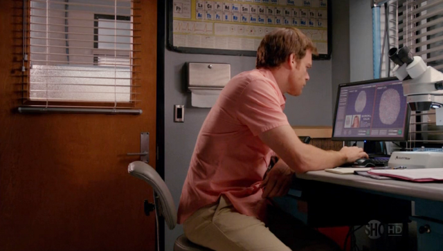File:Dexter at the lab.png
