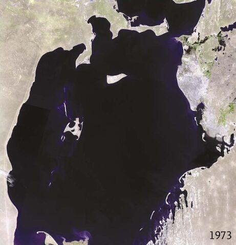 File:Aral sea 1973 landsat.jpg
