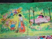 Snow White 1972 paper dolls