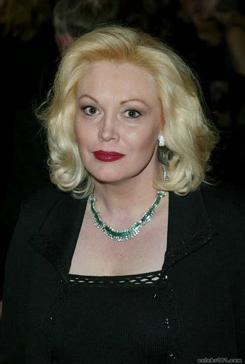 cathy moriarty casper