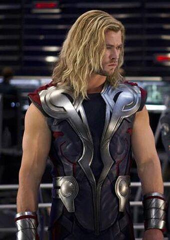 File:Thor Avengers 2.jpg