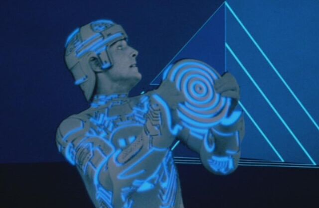 File:Tron Fighting.jpg