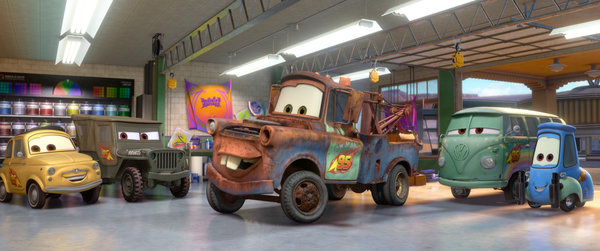 File:Guido in Cars 2 with Mater.jpg