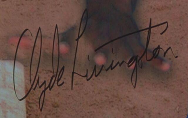 File:Clyde Livingston Signature.jpg