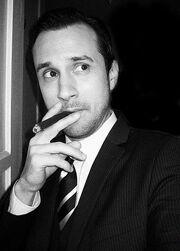 431px-Cigar night black