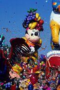Disney-Parade-Pary-Gras-1