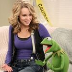 Good-luck-charlie-muppets-400 0