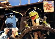 Muppets-DieSchatzinsel-LobbyCard-08
