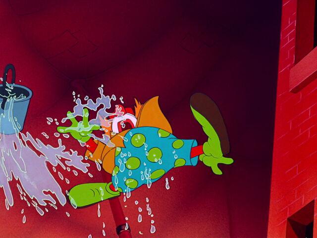 File:Dumbo-disneyscreencaps com-6861.jpg