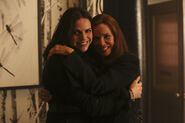 Once Upon a Time - 5x12 - Souls of the Departed - Behind the Scenes - Cora and Regina
