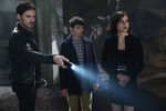 Once Upon a Time - 6x05 - Street Rats - Photography - Hook, Henry and Regina