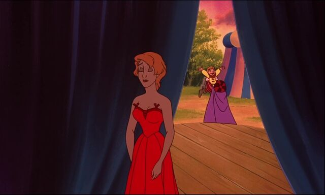 File:Hunch2-disneyscreencaps com-2705.jpg