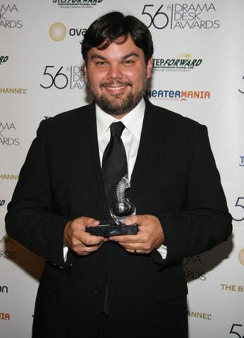 File:Robert Lopez 56th Annual Drama Desk Awards Gb9O7P31okEl.jpg