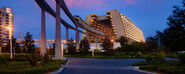 DWcontemporary-resort-00-full