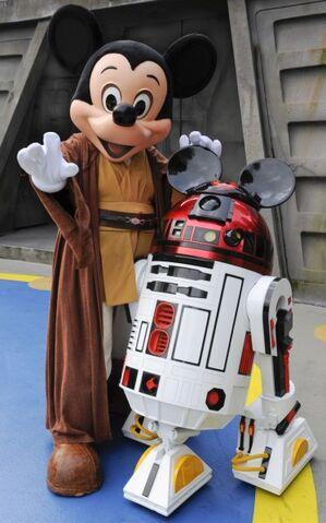File:Mickey R2-MK.jpg