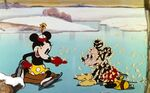Minnie-and-Mickey-On-Ice