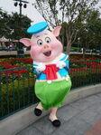 Fiddler Pig HKDL