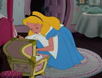 Alice-in-wonderland-disneyscreencaps.com-2417