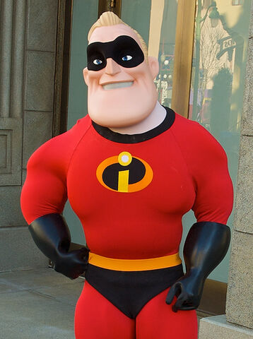 File:Mr Incredible Disneyland.jpg