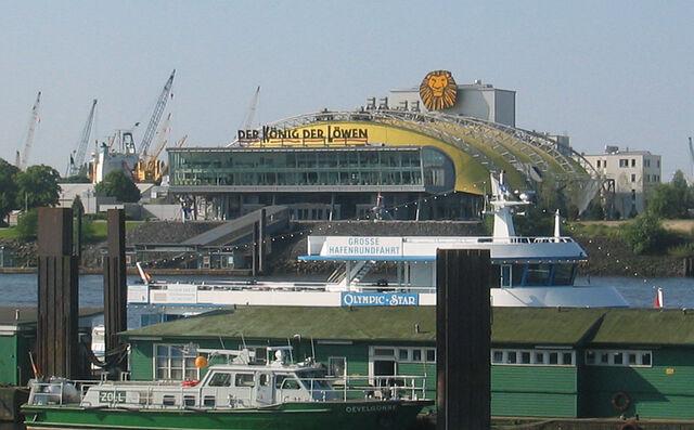 File:Hamburg Musicaltheater.jpg