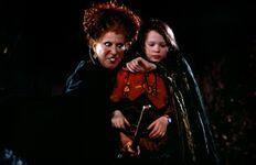 Hocus-pocus-1993-02-g