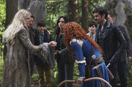 Emma holding Merida's Heart - The Dark Swan