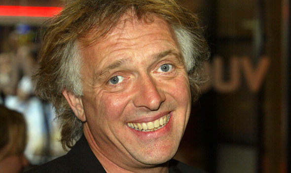 File:World-cup-rik-mayall-590-350.jpg