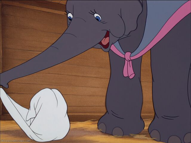 File:Dumbo-disneyscreencaps com-832.jpg