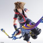 KHIII Sora Play Arts Kai 02