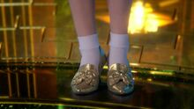 Dorothy-in-Silver-Slippers-3x20-Kansas