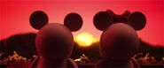 2014-blank-vinylmation-love-story-02