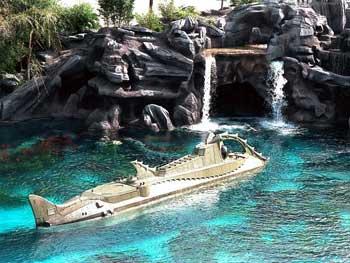 File:Submarine Voyage Magic Kingdom.jpg