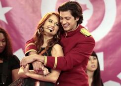 Debby-ryan-jessie-why-do-foils-fall-in-love-picture-main-300x213