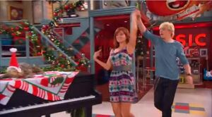 Austin & JESSIE & Ally