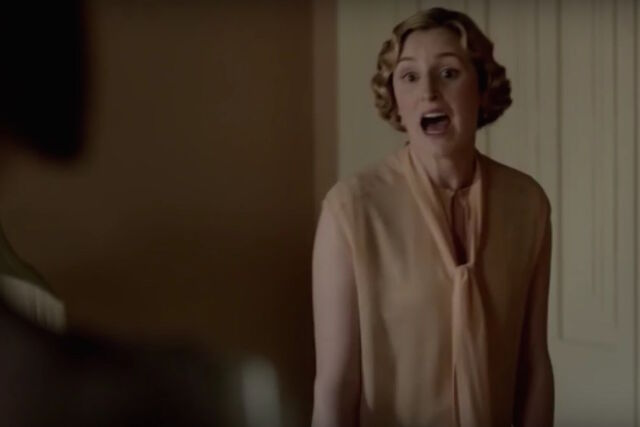 File:Downton-abbey-edith-mary-fight.jpg