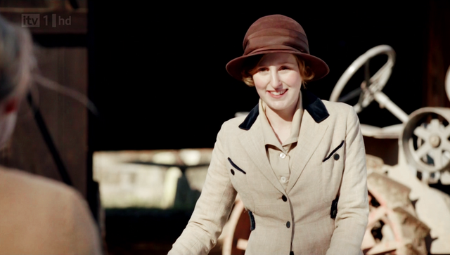 File:Downtonabbey2x02.png