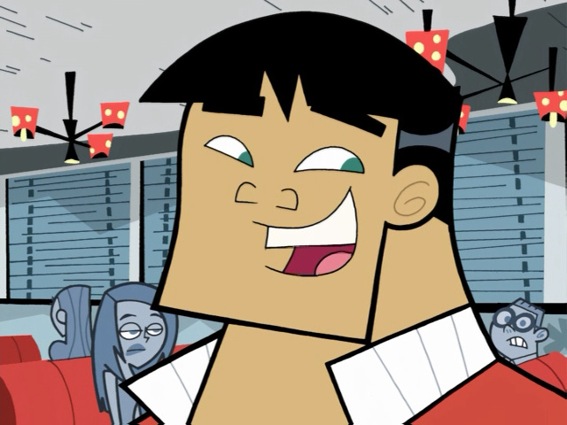 File:S01e16 Kwan smiling.png