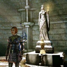 DAO Leliana near the Urn of Sacred Ashes