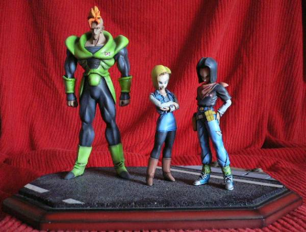 File:Android 16 17 18 statues a.jpg