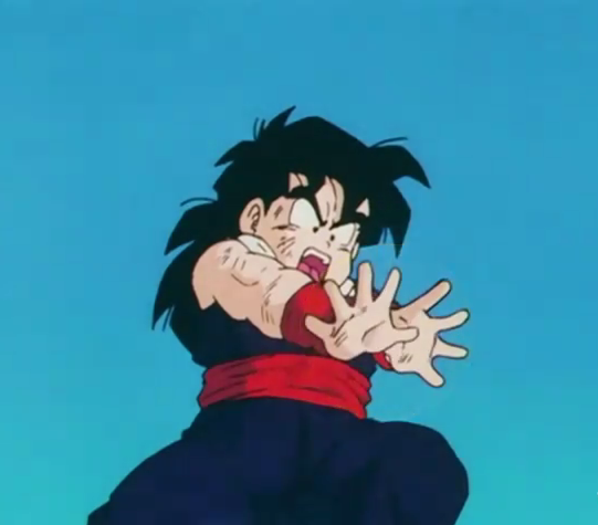 File:Gohan in pain try to fire an attack2.png